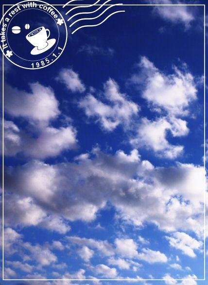 雲の写真にポンと捺したような